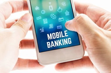 image of: 5 Reasons To Use Mobile Banking